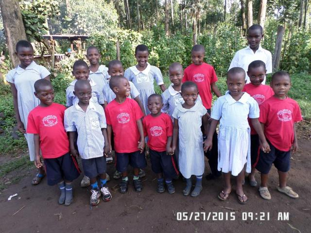 kisoro_may_2015_2_white and red group