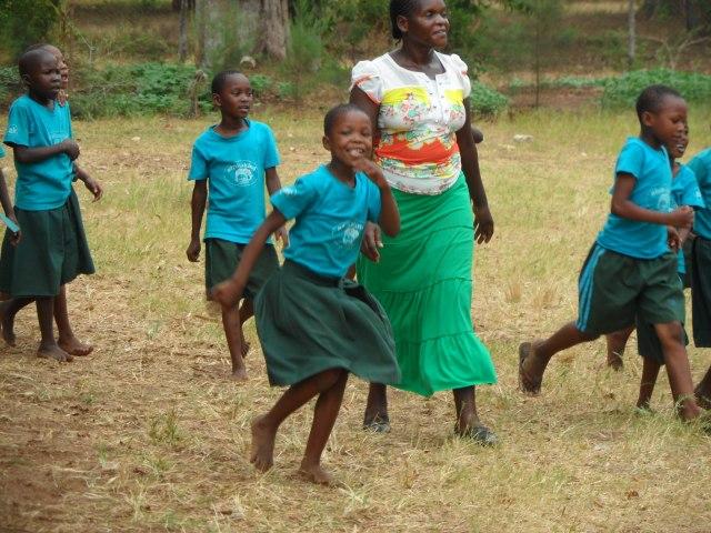 Lanzamos nuestro tercer proyecto solidario:  Afrikakind – Bio-orfanato en Kenia